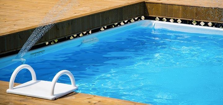 Quel rev tement choisir pour sa piscine - Revetement ideal pourtour de piscine ...